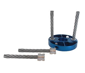 Onkruidborstel WEEDGO 2 met 2 metalen borstels. Set met borstelkop en 4 vervangborstels. Bevestig de borstels met een eenvoudig click systeem. Diameter asgat 20 / 25,4 mm - Geschikt voor motoren van 1,0 kW tot 2,0 kW.